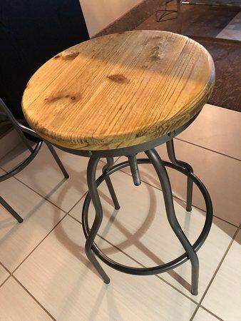 Cabin-esque bar stools - cute!