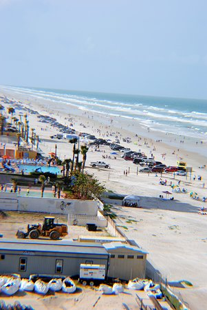Daytona Beach Regency Driving Parking On