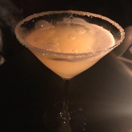 Blackwater Lounge: photo1.jpg