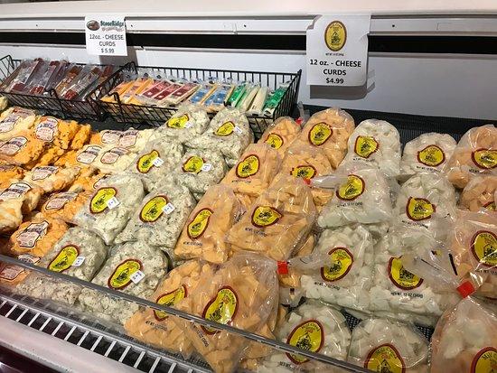 Lake Delton, WI: Market Square Cheese