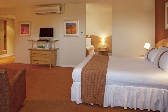 Hothfield, UK: Guest room