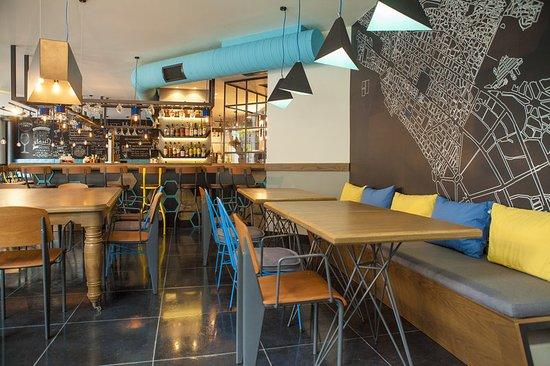 The Excelsior: Restaurant