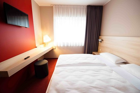 Feucht, Germany: Guest room