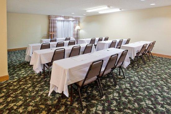 Hiram, GA: Meeting room