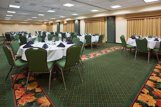 Elk River, MN: Ballroom