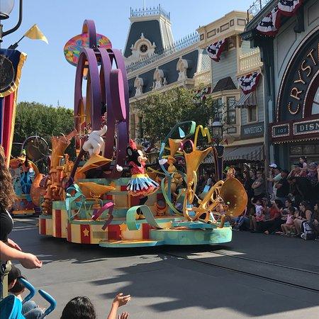 WorldMark Anaheim: photo1.jpg