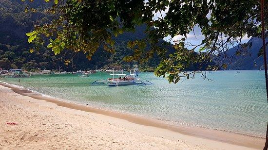 Rainforest Beach Hotel El Nido