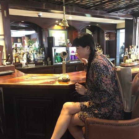 Exchange Bar: photo5.jpg