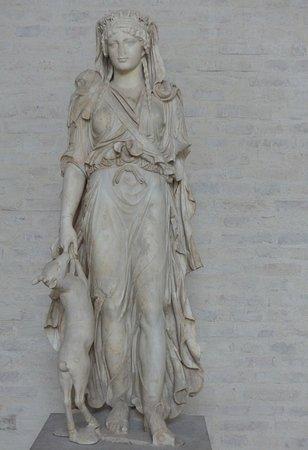 Glyptothek: We could almost see her walking ...