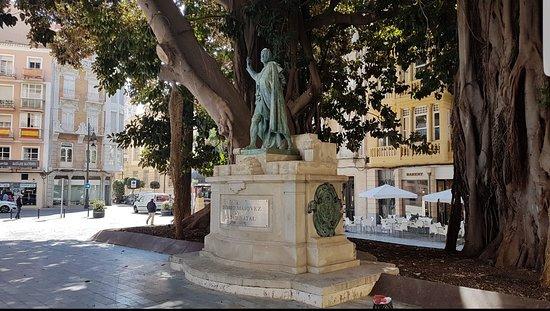 Estatua Isidoro Maiquez