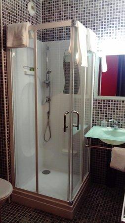 hotel st martin orleans frankrijk foto 39 s reviews en prijsvergelijking tripadvisor. Black Bedroom Furniture Sets. Home Design Ideas