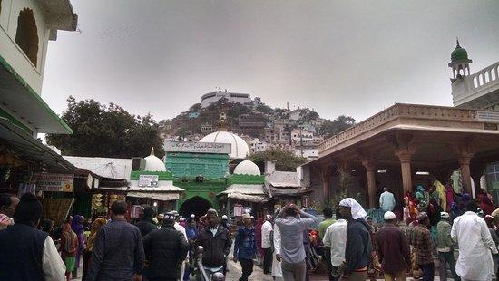 Dargah Shariff AJMER: Inside premises