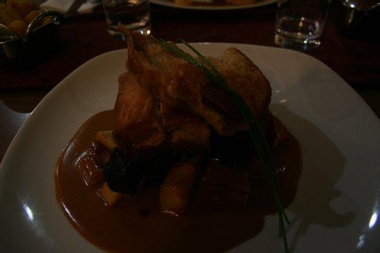 All Seasons Restaurant: porc au boudin noir