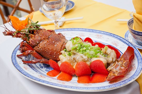 Lobster at bamboo restaurant at the naviti resort for Terrace 45 restaurant