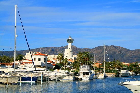 Empuriabrava Waterways: the largest residential marina in Europe