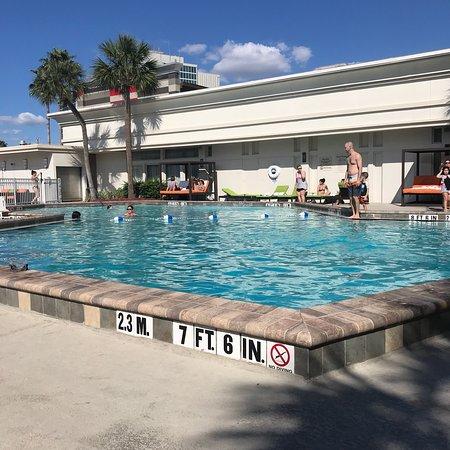 Holiday Inn & Suites Across from Universal Orlando: photo0.jpg