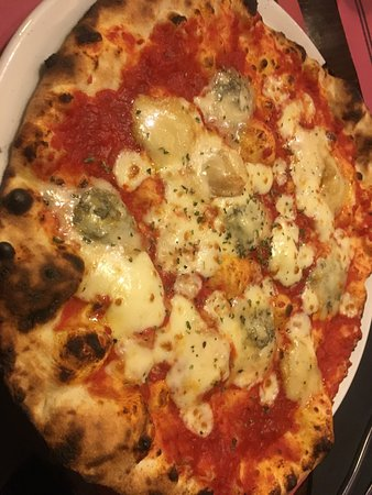 Pizzeria Da Tulio: Pizza 5 quesos