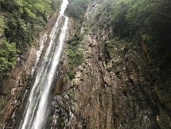 Morro Grande: Cachoeira do Bizungo
