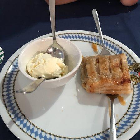 Bavaria German Restaurant: photo5.jpg