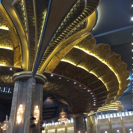 Grand Mosque: photo1.jpg