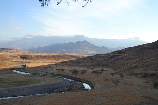 Hlalanathi Drakensberg Resort Photo