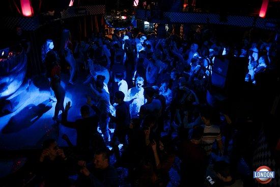 ночной клуб фото танцев