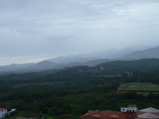 Park Royal Ixtapa: View inland rain in the mountains.