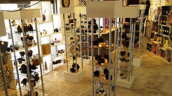 Montevideo Department, Ουρουγουάη: Planta Baja de INFINITO Souvenirs & Gift Shop