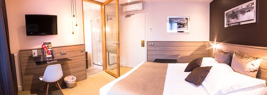 Chambre Chalet - Picture of Hotel des Princes, Chambery - TripAdvisor
