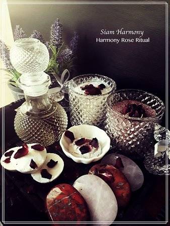 Burlton, UK: Harmony Rose Ritual; Spa package at Siam harmony