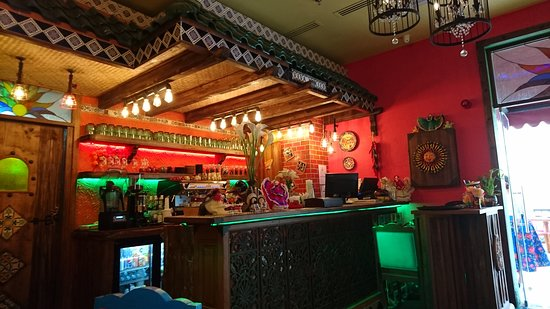 Viva Mexico: Bar.