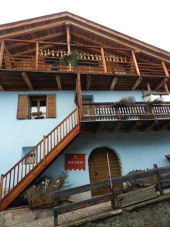 Museo Casa Begna: La facciata della casa-museo