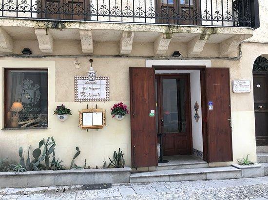 Foto di locanda re ruggero monreale for L esterno del ristorante sinonimo