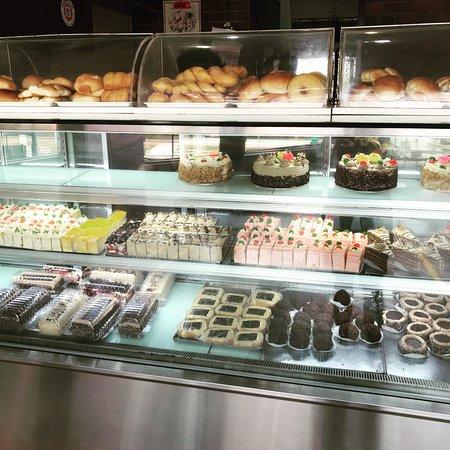 Cake Shop In Bedok North