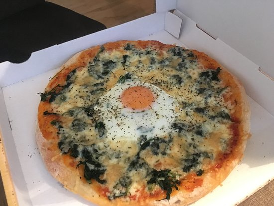 Karlstadt, Germania: Pizza Spinaci Speciale