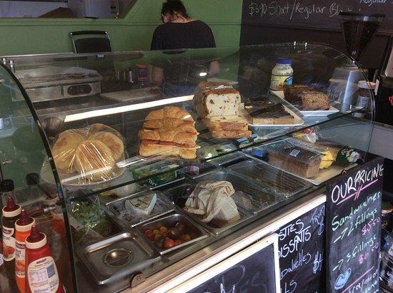 Cooloola Cove, Australien: Fresh sandwiches and rolls