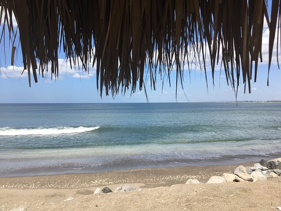 Corinto, Nicaragua: View from our table, Restaurante El Buzo