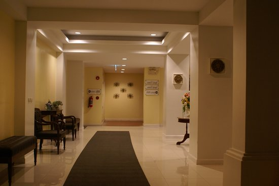Kham Thana Hotel Photo