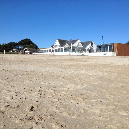 Highcliffe Contemporary Bed and Breakfast: Gilly beach Feb 18