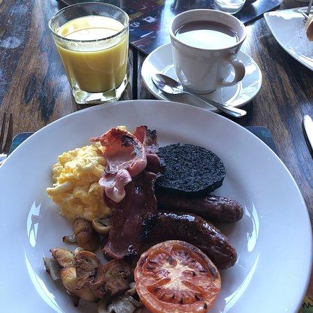 Glengorm Castle: photo3.jpg