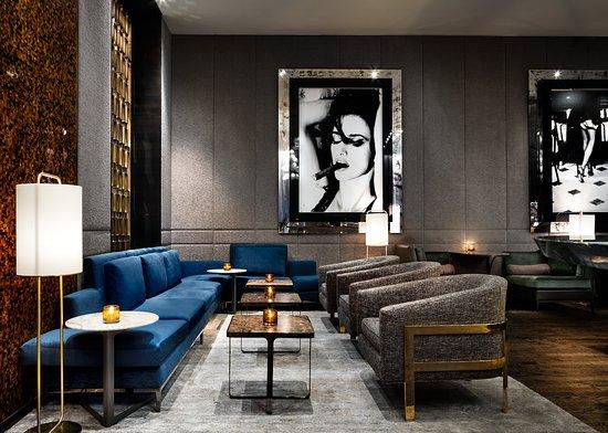 The Hazelton Hotel: Bar and Lounge