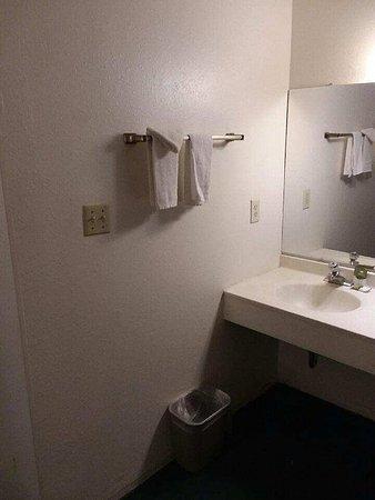 Motel Durango: Resized952018030295124155_large.jpg