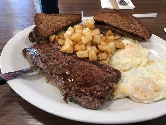 Oromocto, Canada: Steak and Eggs