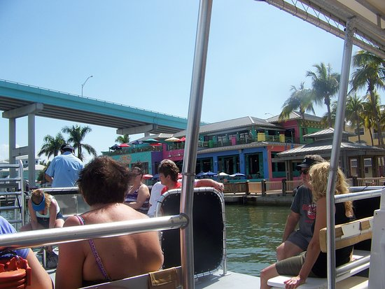 Nervous Nellie's Ft Myers Beach : Neerveous Nellies from a dolphin tour on the bay.