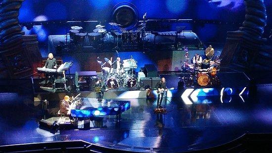 Elton John - The Million Dollar Piano: 20180227_204318_HDR_large.jpg