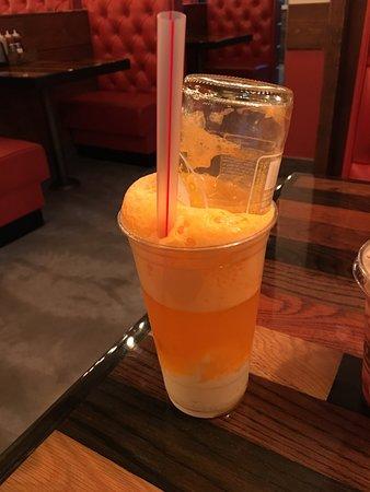Black Label Burger: Orange Creamsicle Float