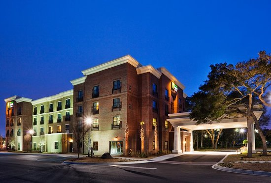 Holiday Inn Express Hotel & Suites Mt Pleasant-Charleston: Exterior