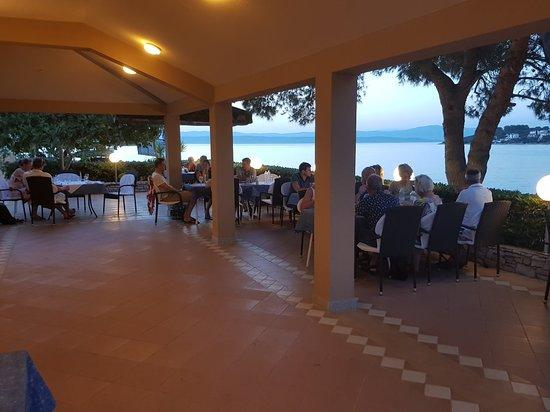 Solta Island, Croatia: 20170709_204626_large.jpg