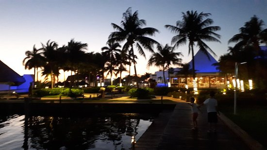 Sunset Marina Resort & Yacht Club: 20180301_191531_large.jpg