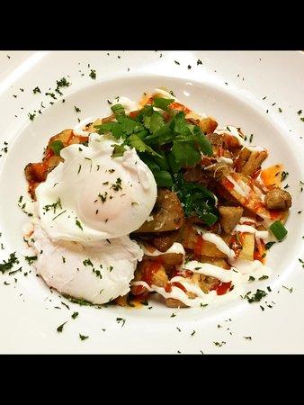 The Modern Peasant: Siracha Breakfast Bowl!